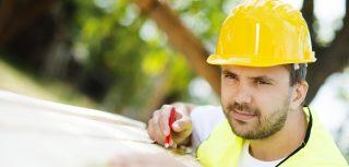 用安全的方式建造您的原木家园